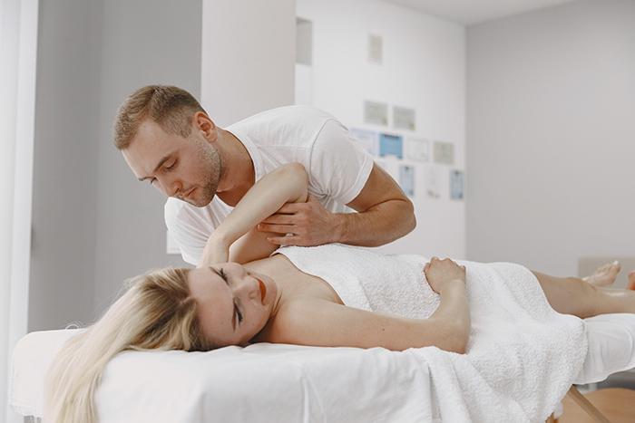 Chiropractor Functional Medicine